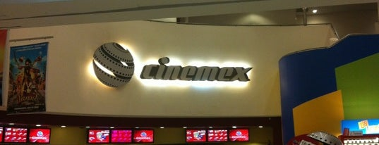 Cinemex is one of Locais curtidos por Soy.