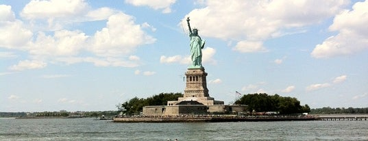 Statue of Liberty Ferry is one of Locais curtidos por Jessica.