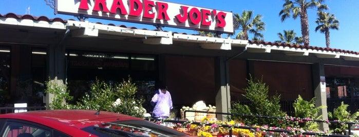 Trader Joe's is one of Arkadiy : понравившиеся места.