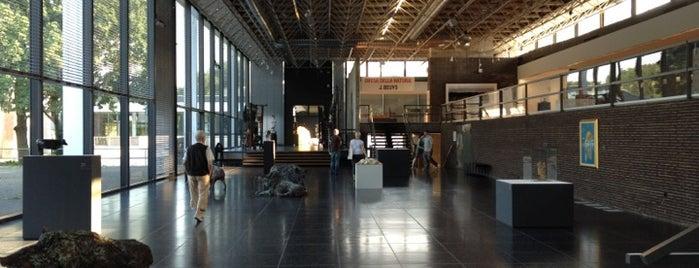Lehmbruck Museum is one of #111Karat - Kultur in NRW.