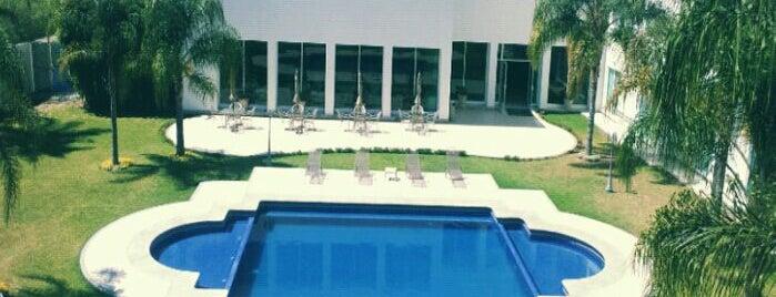 Hotel Real de Minas is one of สถานที่ที่ Rafa ถูกใจ.