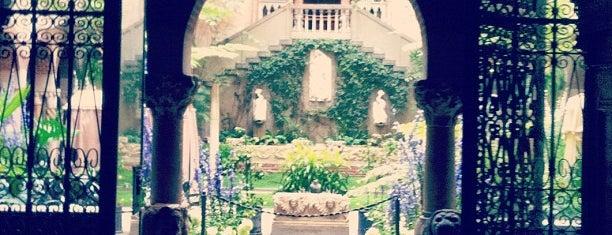 พิพิธภัณฑ์อิซาเบลลา สจวต การ์ดเนอร์ is one of Boston Daters' Choice Award Winners.