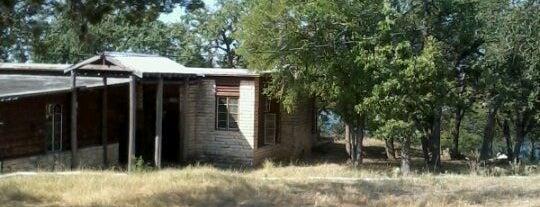 Camp TexLake is one of Tempat yang Disimpan Liz.