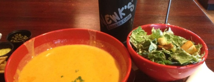 Newk's Express Cafe is one of Locais curtidos por Brian.