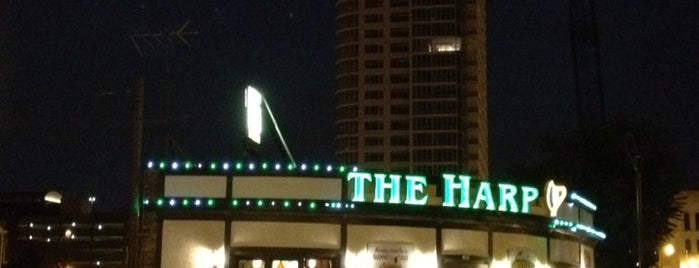 The Harp Irish Pub is one of Tempat yang Disukai Rob.