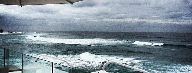 Currumbin Vikings Surf Life Saving Club is one of Orte, die Jacquie gefallen.