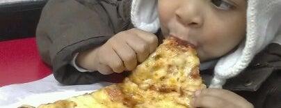 Mr. Pizza Man is one of สถานที่ที่ Kris ถูกใจ.