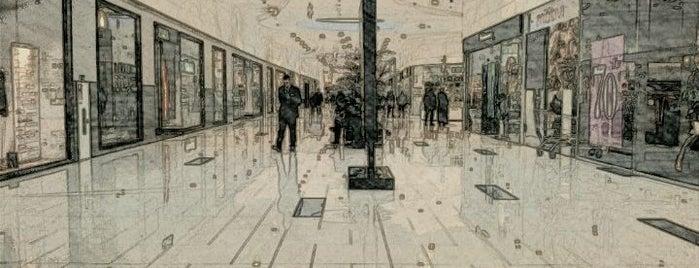 ТРЦ «Ривьера» / Riviera Shopping City is one of TOP-20: Одеса.