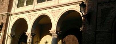 Plaza de la Virgen de la Paloma is one of Posti che sono piaciuti a Stevi.