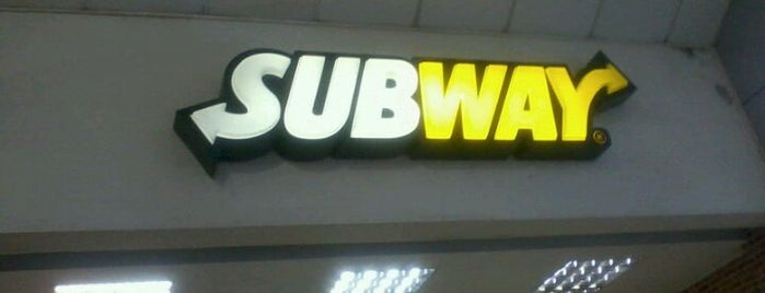 Subway is one of Posti che sono piaciuti a Carla.