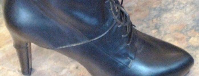 Head Start Shoes is one of Martel'in Beğendiği Mekanlar.