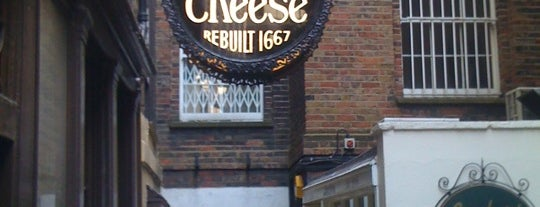 Ye Olde Cheshire Cheese is one of Inglaterra.