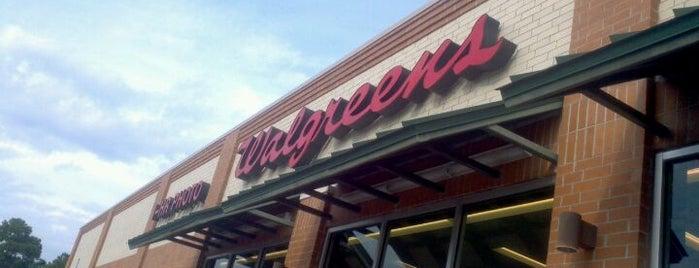 Walgreens is one of สถานที่ที่ Tad ถูกใจ.
