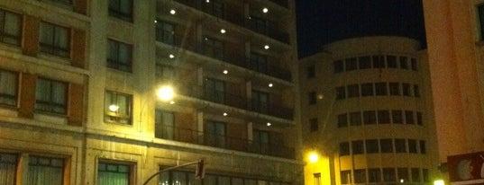 Hotel Conde Luna is one of Hotéis tops que já fiquei.