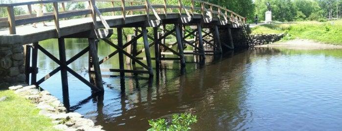 Minute Man National Park North Bridge is one of Louisa'nın Beğendiği Mekanlar.