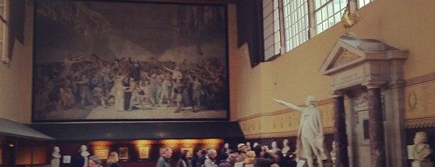 Salle du Jeu de Paume is one of Bienvenue en France !.