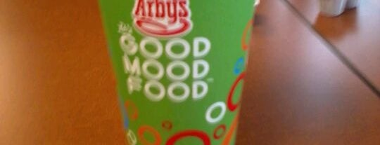 Arby's is one of Kenさんのお気に入りスポット.