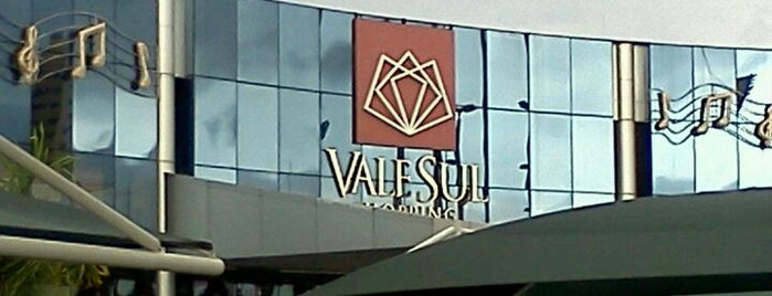 Vale Sul Shopping is one of Tempat yang Disukai M..