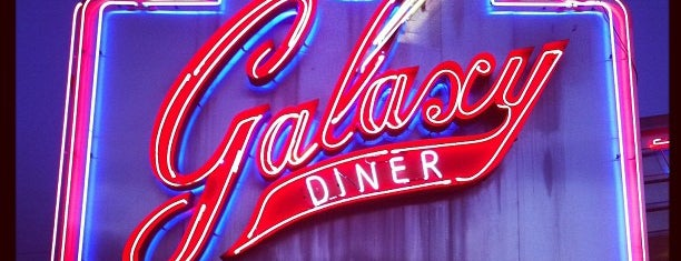 Galaxy Diner is one of Locais salvos de Grant.