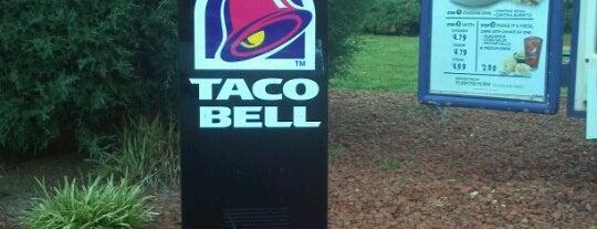 Taco Bell is one of Locais curtidos por Debbie.