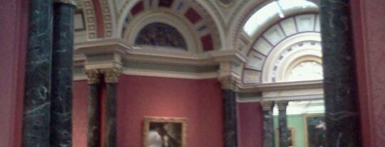 Galeria Nacional de Londres is one of London City Guide.