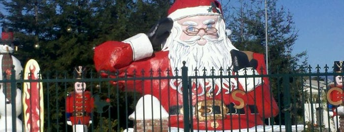 Santa Claus is one of Central CALIFORNIA vintage signs.