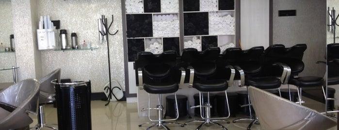Expert Beauty Center is one of Salões de Beleza.