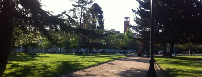 Plaza Loreto Cousiño is one of ^.