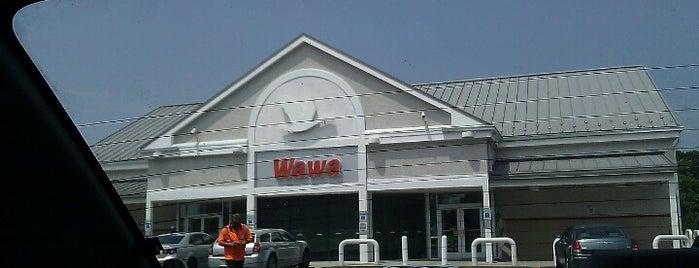 Wawa is one of สถานที่ที่ Wendy ถูกใจ.