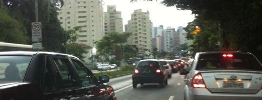 Avenida Nove de Julho is one of São Paulo / SP.