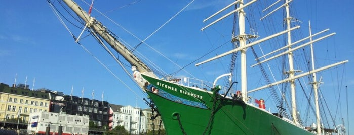 Rickmer Rickmers is one of Ships (historical, sailing, original or replica).