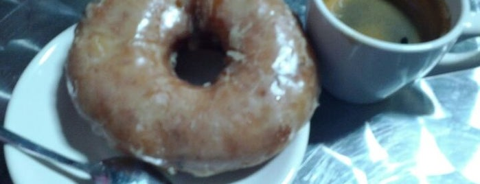 Zingerman's Bakehouse is one of Gotta Try Donuts!.
