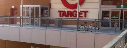Target is one of Lugares favoritos de Stephanie.