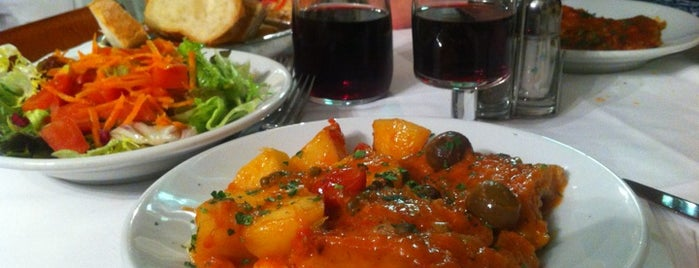 Trattoria Dal Cavalier Gino is one of Траттория Рим.