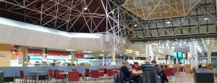 Keflavik International Airport / Keflavíkurflugvöllur (KEF) is one of Iceland '12.