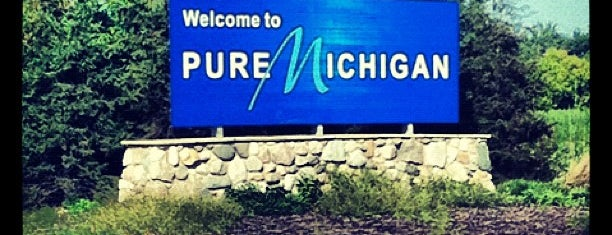 Michigan / Ohio State Line is one of Lauren's Travel List.