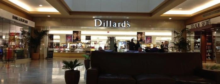 Dillard's is one of Guide to Scottsdale's best spots.