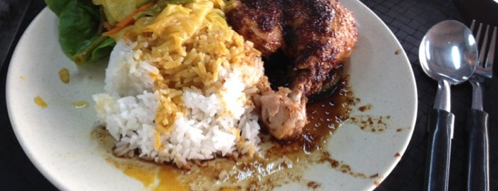 Uncle Penyet is one of Micheenli Guide: Nasi Ayam Penyet/Goreng in SG.