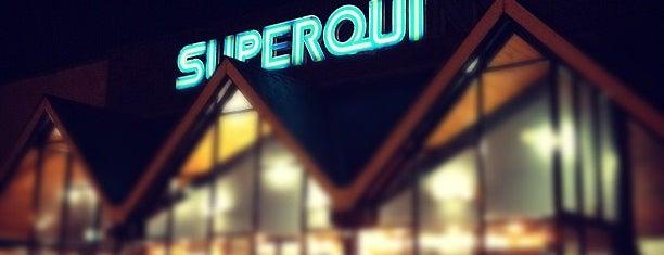SuperValu is one of Tempat yang Disukai Hakim.