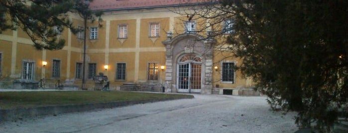 Kiscelli Múzeum is one of Museums Around the World-List 2.