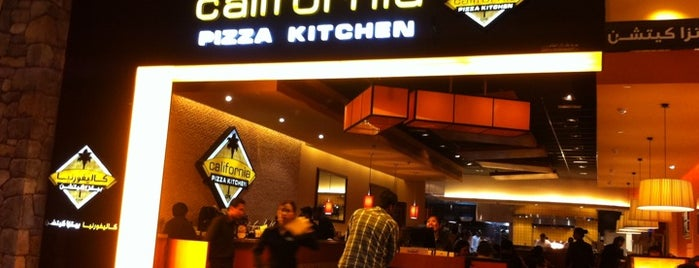 California Pizza Kitchen (CPK) is one of Lugares guardados de Alvaro.