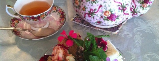 Four Seasons Tea Room is one of Places to go, things to do.