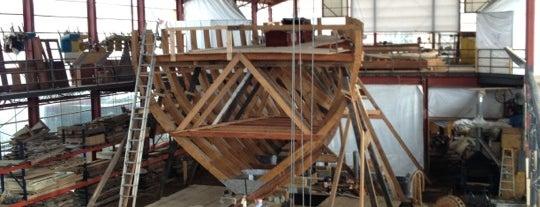 International Yacht Restoration School is one of Posti che sono piaciuti a Patrick.