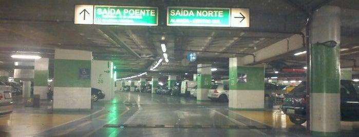 Estacionamento is one of Orte, die Pedro gefallen.
