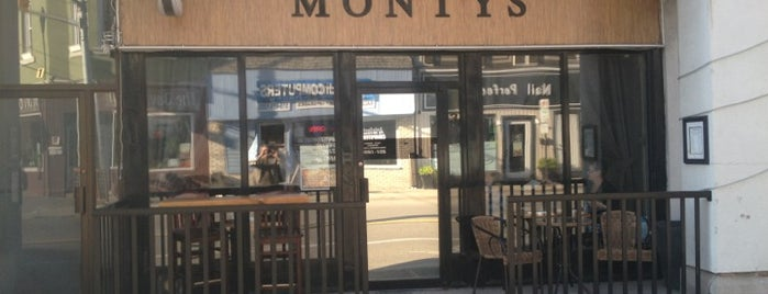 Montys Tapas Wine Bar is one of Lieux sauvegardés par Jarvis.