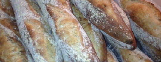 Crust is one of Lugares favoritos de Al.