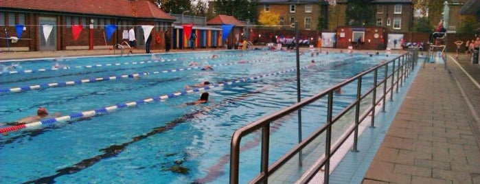 London Fields Lido is one of Tired of London, Tired of Life (Jul-Dec).