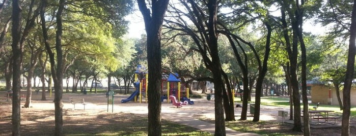 Springwoods Park is one of Keep Austin Weird.