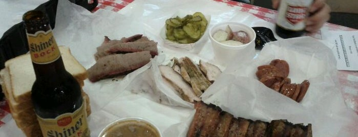 Rudy's Country Store & Bar-B-Q is one of My Favorite Places.