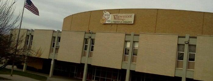 Viewmont High School is one of Lieux qui ont plu à Bryan.